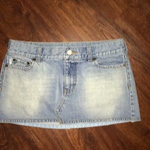 Hollister Skirts - 🌼3 for $12 HOLLISTER LIGHT DENIM MINI SKIRT